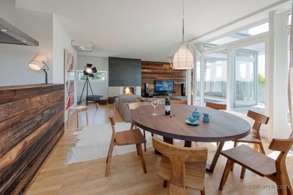 Ide Ruangan Dengan Kombinasi Kayu Dan Motif