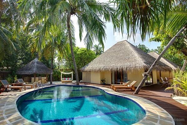 tempat kolam renang resort