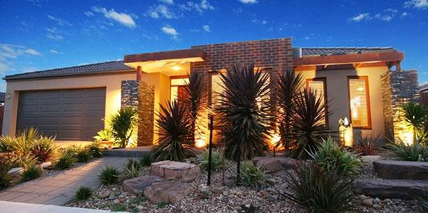 Desain rumah satu lantai yang ideal dengan taman for Eclairage exterieur facade maison