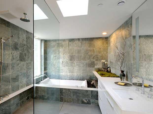 interior kamar mandi rumah