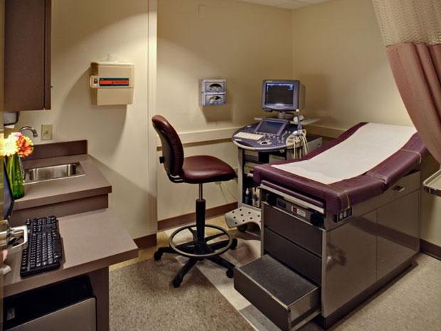 Desain Klinik Dokter Dan Interior Minimalisnya