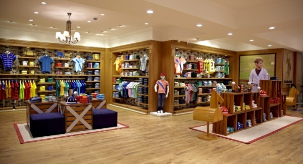 interior butik baju anak