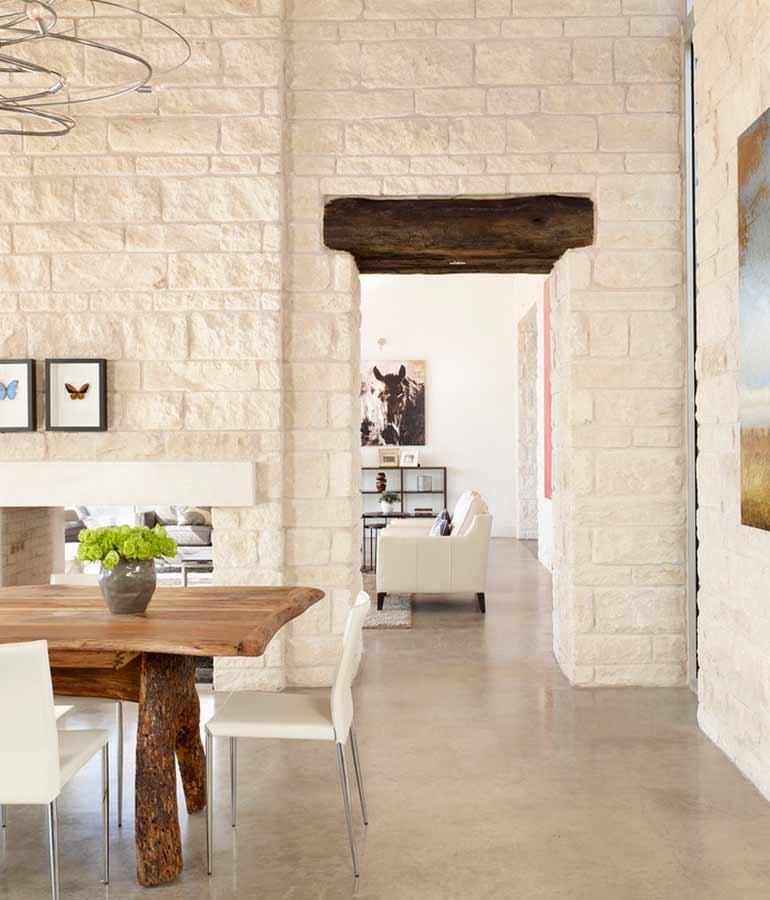 design interior rumah batu ekspos