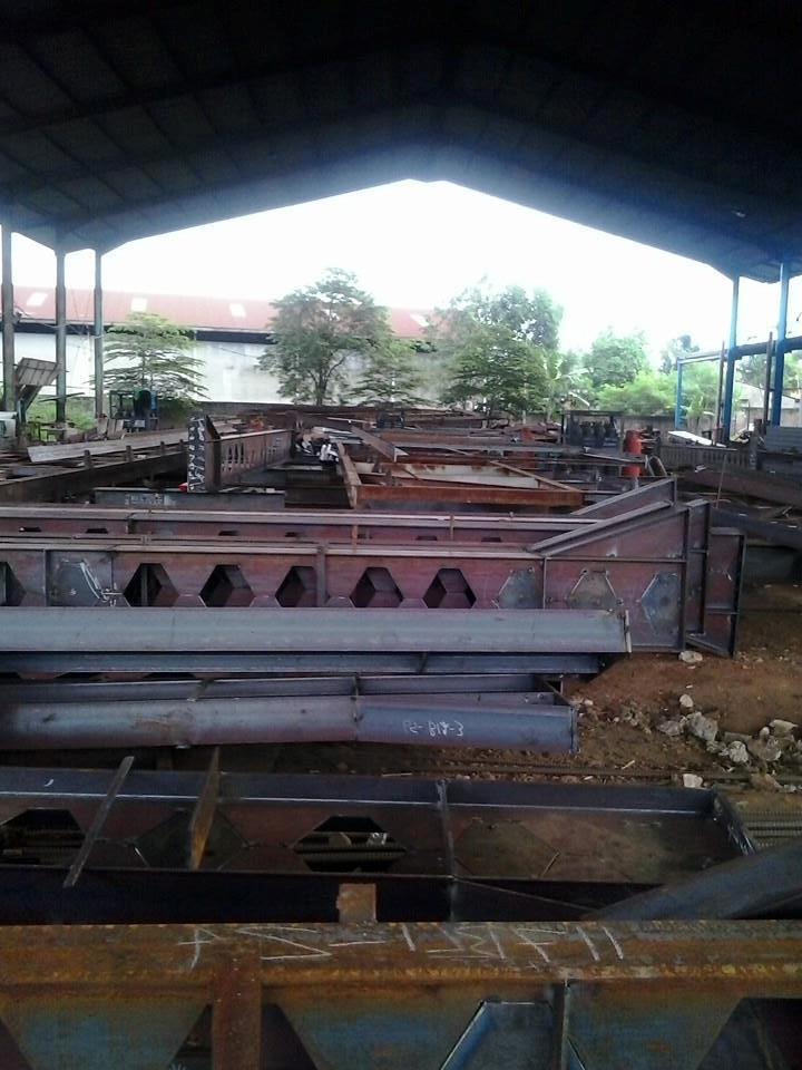 kontraktor pabrik