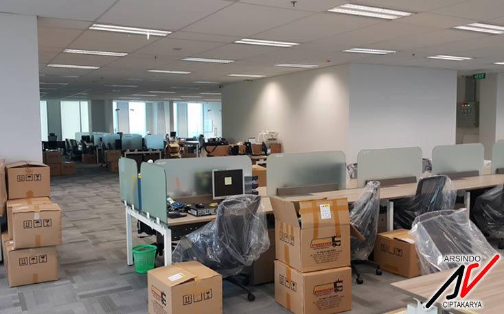 desain-interior-kantor-terbuka-jayaboard-4