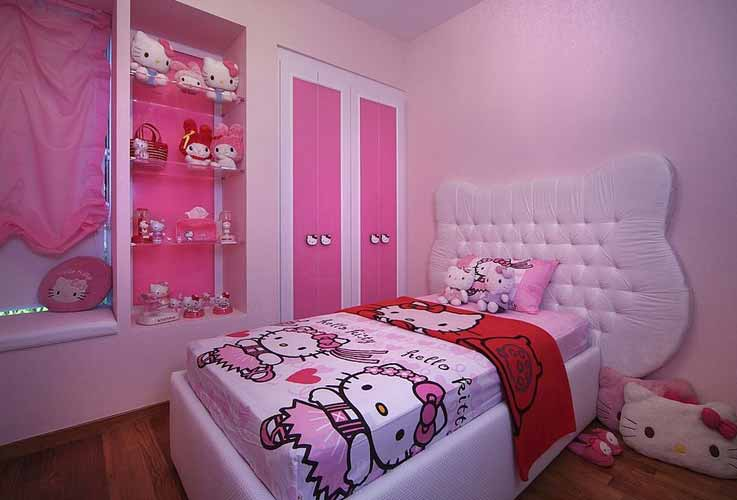 desain tempat tidur kecil hello kitty